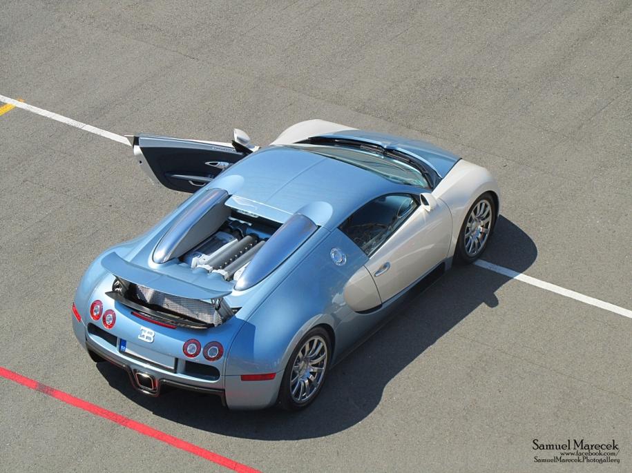 .:Bugatti Veyron 16.4 EB:.