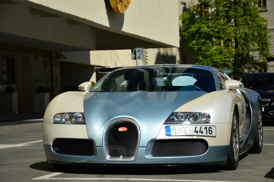 EB 16.4 Veyron