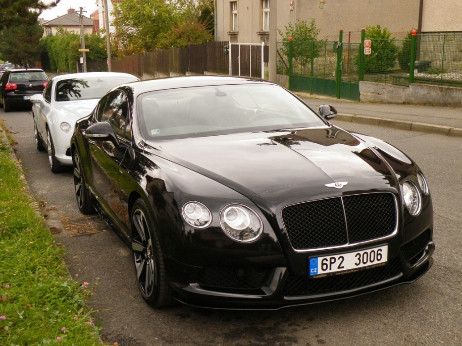 2x Bentley Continental