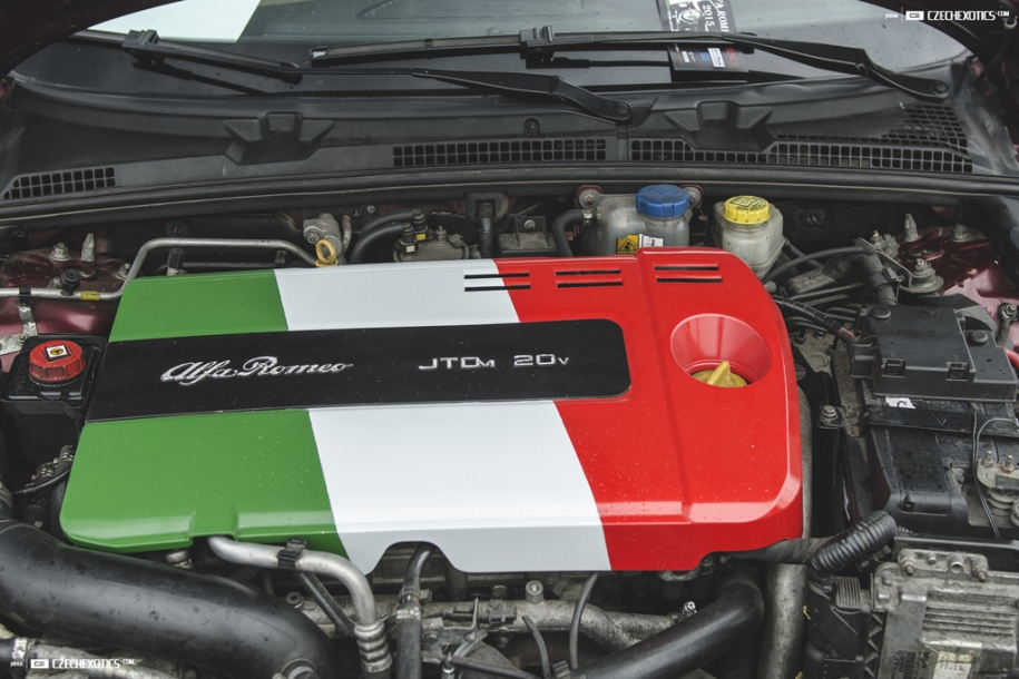 Alfa Romeo Rekord 152