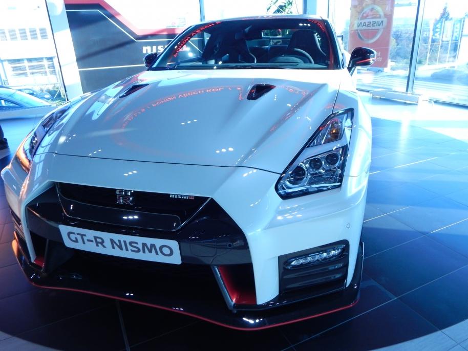 nissan  GTR Nismo2017