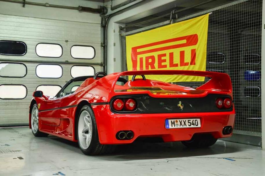 Ferrari 70 DE 04