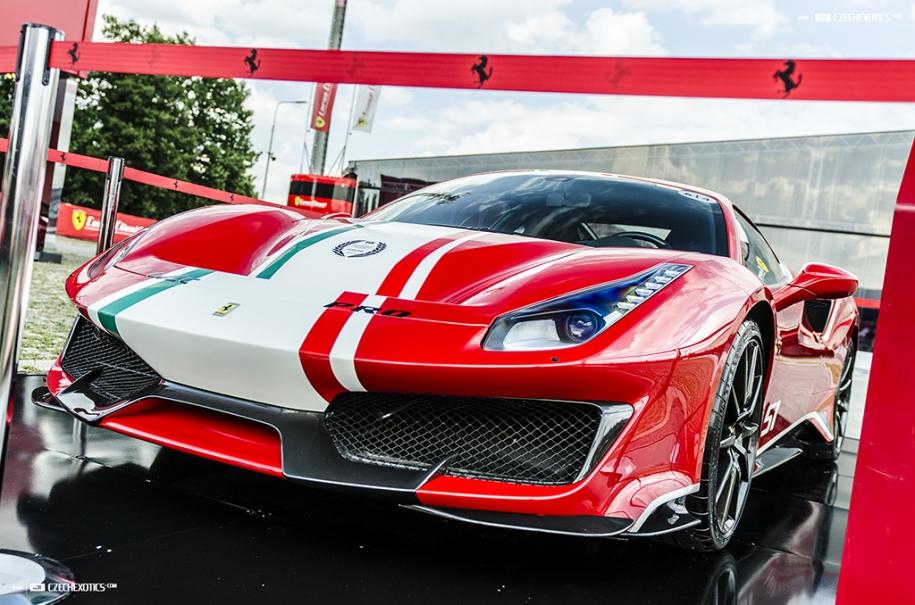 488 Pista Piloti Ferrari